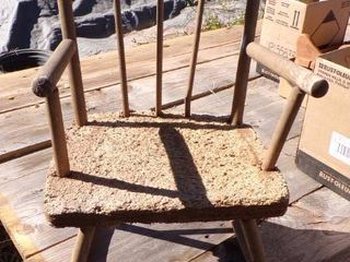 CHIlDS ROCKING CHAIR   NEEDS NEW SEAT