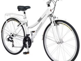 Schwinn Discover Women s Hybrid Bike  700C Wheels