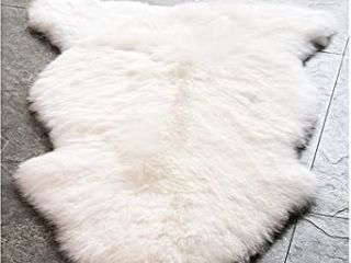 Style Selections Faux Fur White Decorative Rug 2 ft W X 4 ft l
