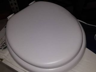 White Elongated Toilet Seat Easy Clean Durable Enameled Scratch Resistant M61e