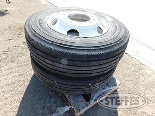 (2)-275-80R22-5-tires-_1.jpg