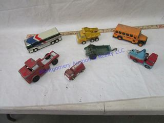 OlD TOY TRUCKS  7 PSC