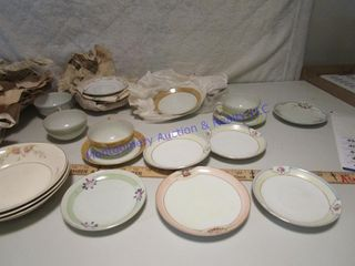CUPS SAUCERS BOWlS