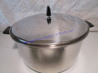 REGAl PAN