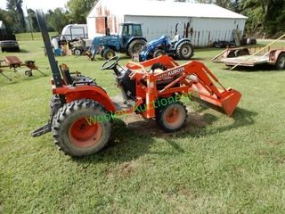 Kubota Tractor With Front End Loader
