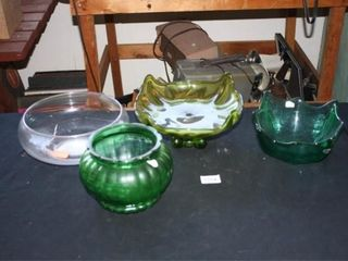 Decorative Glass Bowls  4  3 Green 1 clear