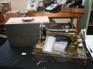 Singer Portable Sewing Machine with cover