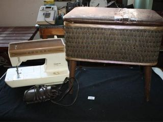 Singer  Futura II  Sewing Machine  Stool