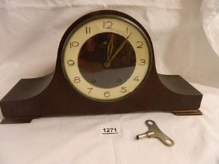 Tradition Mantle Clock