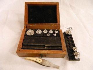 Weights in Wooden Box  Tweezers