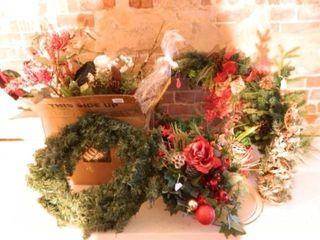 Christmas Flora  Arrangements