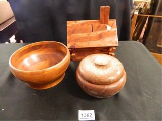 Quina Wood and Hand Turned Bowl