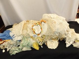Doilies   Variety of Sizes  Styles  Colors  50