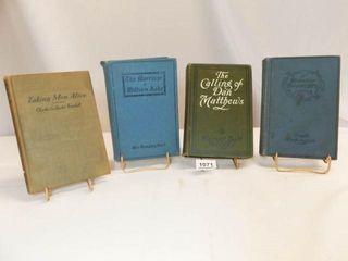 1900  1909  1905  1907 Books  4