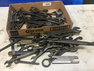 Box lot Of Vintage Wrenches