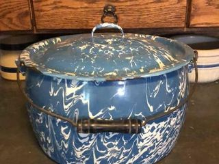 Blue   White Swirl Enamelware Pot with lid