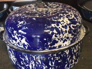 Blue   White Swirl Round Roaster