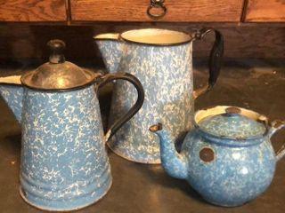 2 Blue   White Swirl Enamelware Pots and Kettle