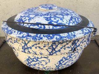 Spongeware Pot w lid and Handle