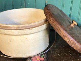 Small Stoneware Crock w  lid