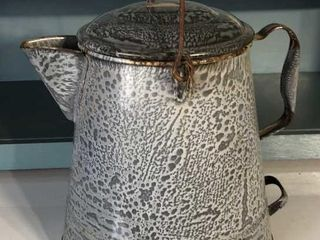 12IJ Graniteware Cowboy Coffee Pot