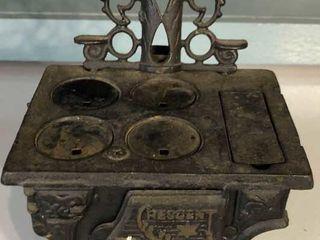 Descent Miniature Cast Iron Stove