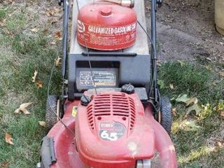 Toro 6 5 HP Recycler w  Electric Start 22 in  Rear Drive w  Bag and Eagle 2 5 gal  Gas Can   Mower has compression couldn t start