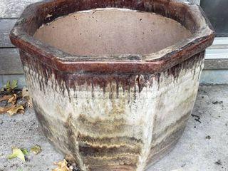large Brown   Cream Octogan Ceramic Pot  heavy    21 x 17 in  tall