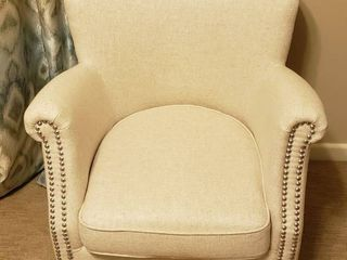 Opulence Home Occasional Chair w Nail Head Accent   24 x 24 x 30 in    Seat  16 in