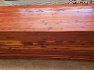 MURPHY Cedar Chest w  Inner Tray   Aqua Top Cushion   52 x 20 5 x 21 in