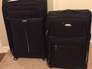 Samsonite Wheeled luggage   1 large  1 Medium Size