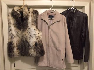 Women s Outter wear   Reversible Faux Fur vest size Xl  london Fog all Weather Suede Duster Size M  Chico s leather Bomber Size 3