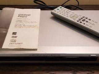 Sony CD DVD Player w remote   works