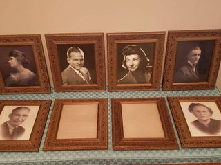 Decorative Frames and Vintage Pictures