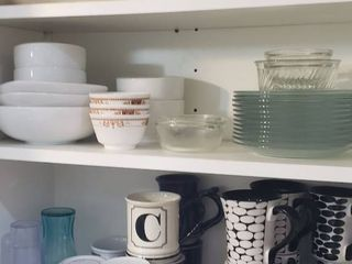 Various Everyday Dishes   some Corelle  Home dishes and cups