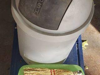 Tote  2 Trash Cans  Shoebox Tote and Swish Broom