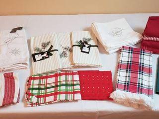 Christmas Kitchen linens