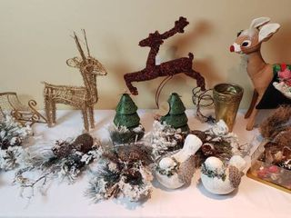 Christmas Winter Decorations  Reindeer and Other Wildlife   tote included