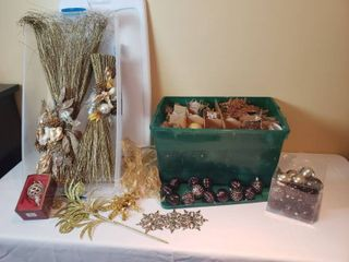 Holiday Decor and Ornaments   includes 2 Totes