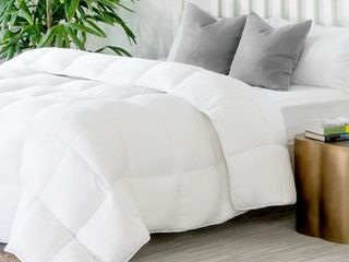 Quilted Down Alternative Hotel Style Comforter by Weekender   Queen