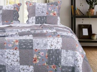 Barefoot Bungalow Full Queen Quilt Set  comforter and two shams