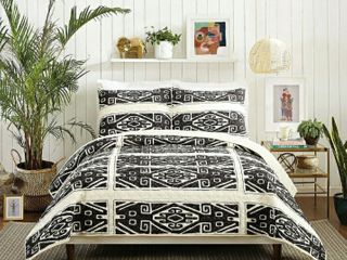 Cosmos Quilt Set by Justina Blakely King