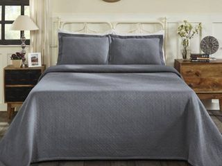 Superior Jacquard Matelasse Basket Cotton Bedspread Set   Silver   King