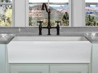 Highpoint Collection 36 inch Reversible Italian Fireclay Farmhouse Sink Retail 603 99
