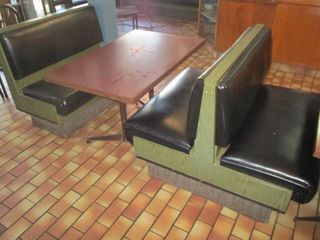 DOUBlE BENCH  SINGlE BENCH  TABlE