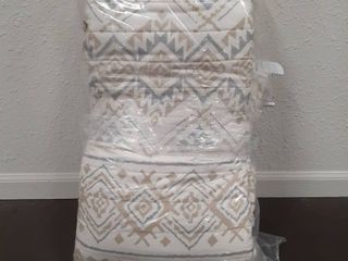 Nevada Tribal 3 piece Printed Reversible Quilt set with decorative tassel fringe trim