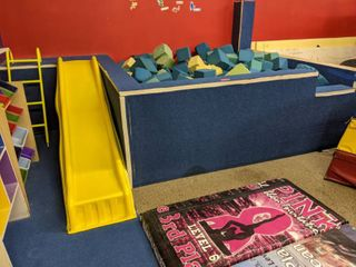 Mini Foam Pit With Foam Blocks