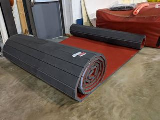 Red EZ Flex Carpet Bonded Foam Flooring 1 25in Thick