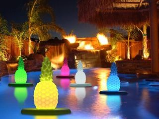 Floating lED Glowing Pineapple w Infrared Remote Control  Retail 81 99