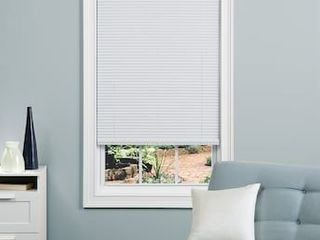 Project Source Style Selections 1 in Slat Width 35 in x 64 in Cordless White Vinyl Room Darkening Mini Blinds
